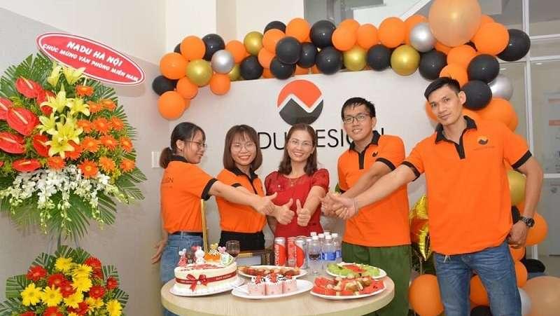 CEO Trương Nhung và Team thiết kế NaDu Design