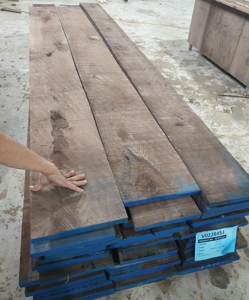 Quy cách gỗ óc chó nhập khẩu
