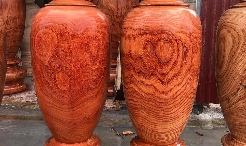 Gỗ óc chó và gỗ hương loại nào thi công nội thất tốt hơn?