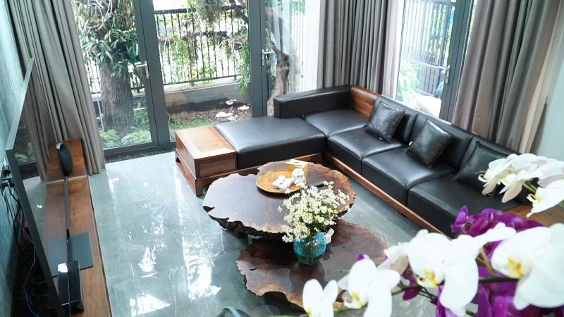 Ngoài chung cư, NaDu Design còn thi công nội thất bằng gỗ óc chó cho nhà phố và biệt thự