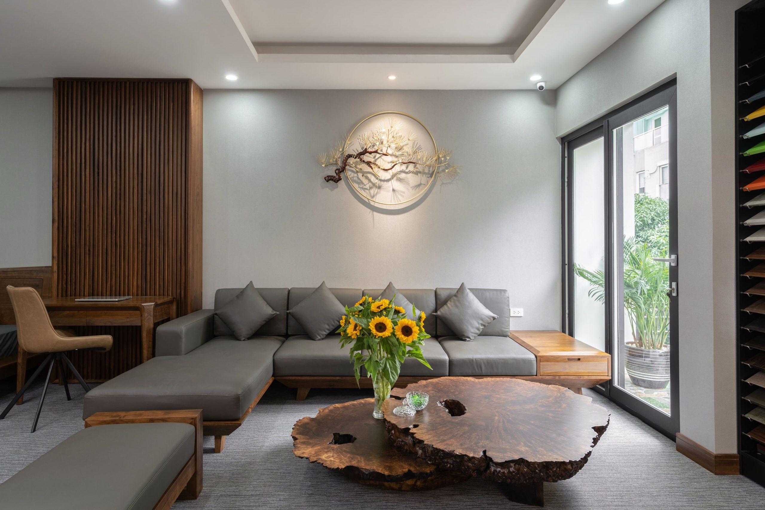 Sofa chữ L gỗ óc chó hiện đại