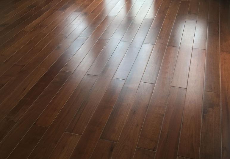Sàn gỗ Walnut (óc chó)