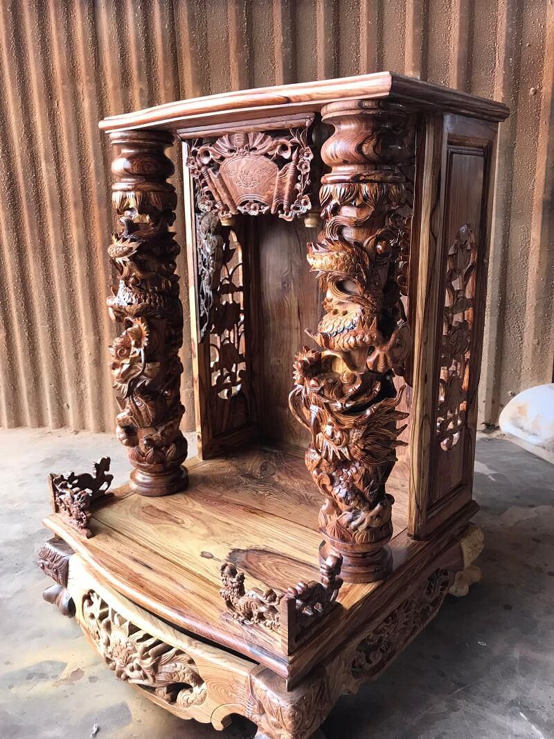 mẫu bàn thờ ông địa gỗ óc chó chuẩn phong thủy