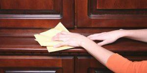 9 mẹo vệ sinh đồ gỗ óc chó đón tết