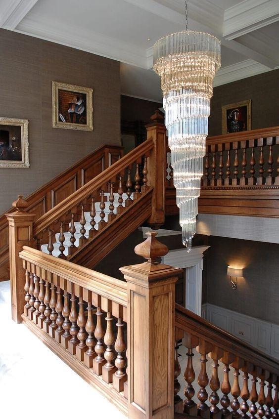 Các mẫu con tiện cầu thang được ưa chuộng sử dụng hiện nay